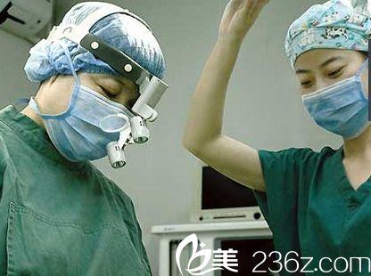 青岛博士医学美容医院术中精细化的手术图片