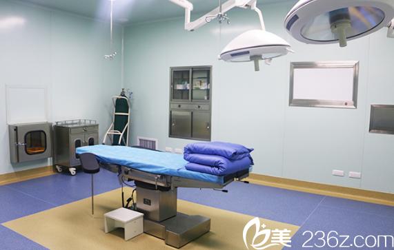 千流曾手术室环境图