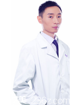 四川达州双均整形美容医院刘隆才医生