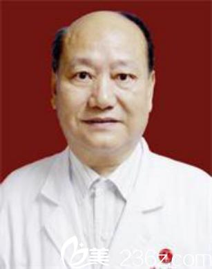 华中科技大学同济医学院附属协和医院易传勋医生