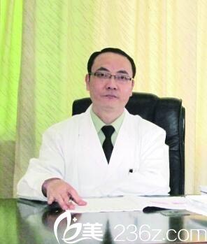 武警广东总队医院整形美容中心侯功信