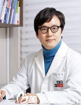 韩国童颜中心医院曹昌焕院长介绍:超声刀+水光针让你逆生长!