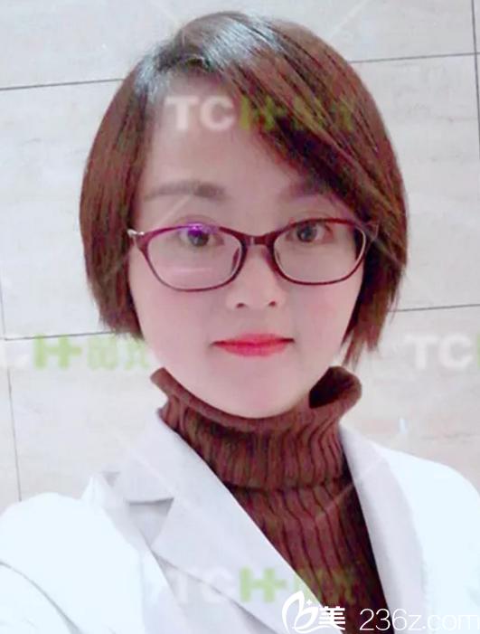 因为短下巴侧面很丑,选择杭州时光打玻尿酸填充下巴1周恢复效果