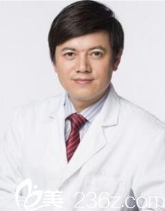 上海九院曹卫刚为你讲解假体隆胸和自体脂肪隆胸的区别