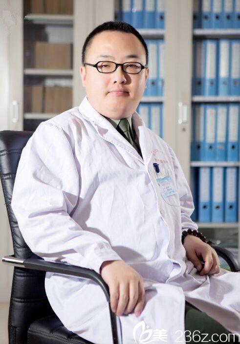 张祖岩医生