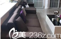 北京金燕子医疗美容诊所休息区