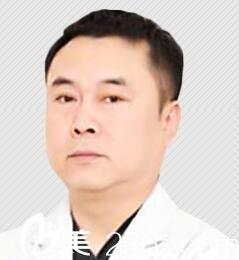 上海市东方医院整形美容中心李长江