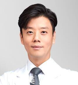 韩国原辰整形外科权纯槿