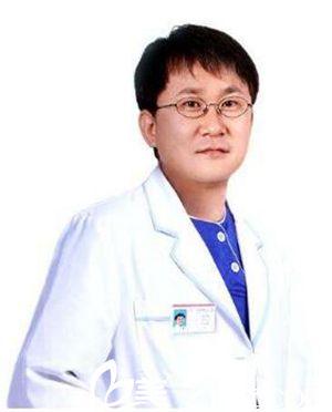 林洪哲 南宁亚韩整形美容医院医生