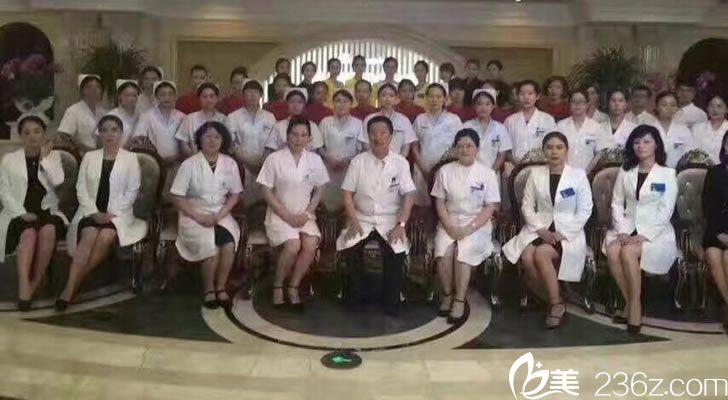 杭州芯美昕整形专家团队