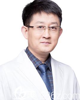 福州海峡整形医院刘大庆医生照片