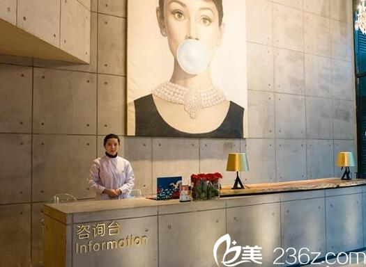 广州懿美秀整形医院12月优惠整形价格表 罗辉双眼皮6800元,隆鼻55800元