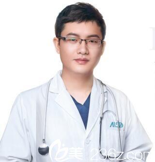 长沙爱思特整形医院整形外科主任彭远清