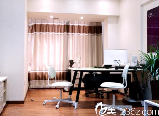北京亚馨美莱坞医疗美容医院咨询室