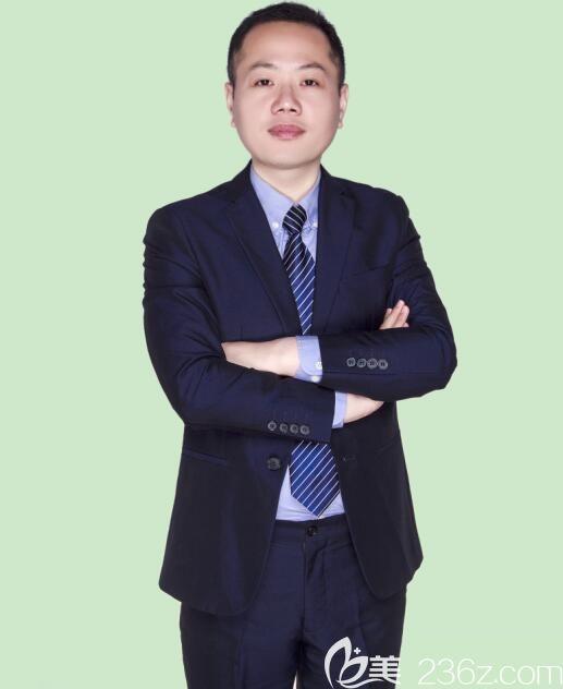 郑州艺龄医疗美容诊所杨光