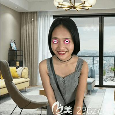 紫洁俪方(北京)医疗美容诊所刘文峰术前照片1