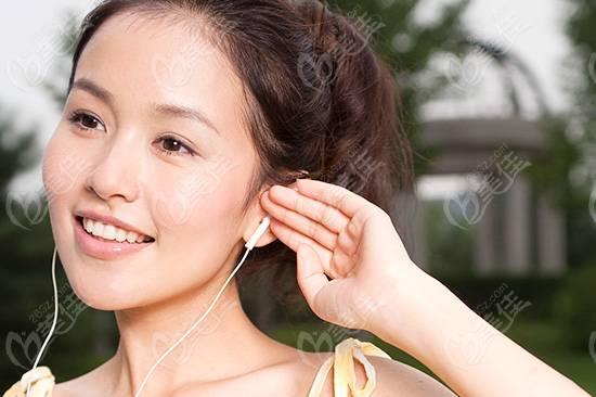 临床医学上常见的几种耳部整形方法
