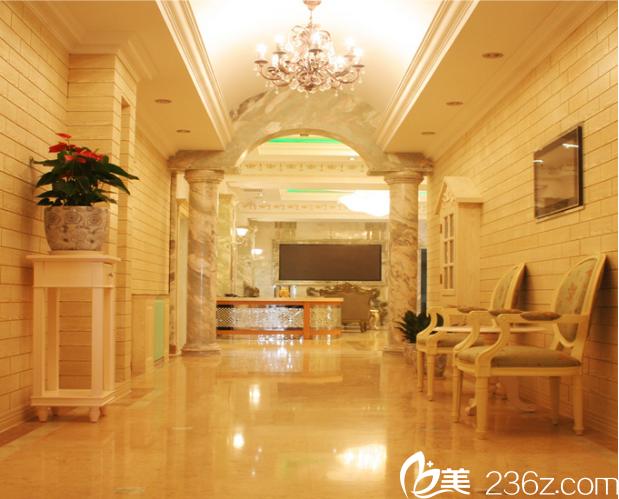 北京玉之光整形美容医院走廊