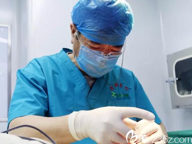 北京黄寺整形外科医院汪立川