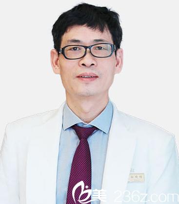 南京艺星整形医院蒋晟