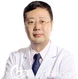 李罡 副主任医师