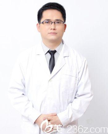 王龙 南宁联韩整形医生