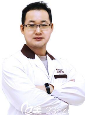 武汉壹加壹整形医生李艳东