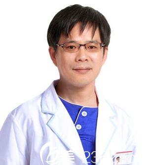 姜亮守 南宁亚韩整形美容医院医生