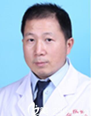 重庆市急救医疗中心整形科李伟