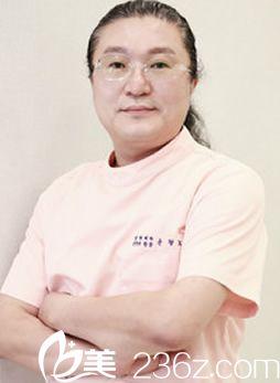 韩国YNT整形医院尹炯老医生