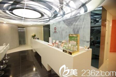 韩国清潭JUNEIS整形医院前台接待