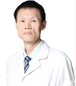 北京永成魅力医疗美容医院李传康医生