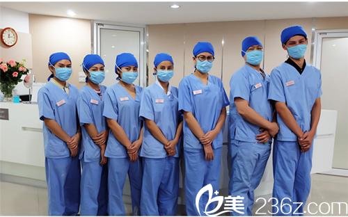 泰国曼谷整形医院医生团队