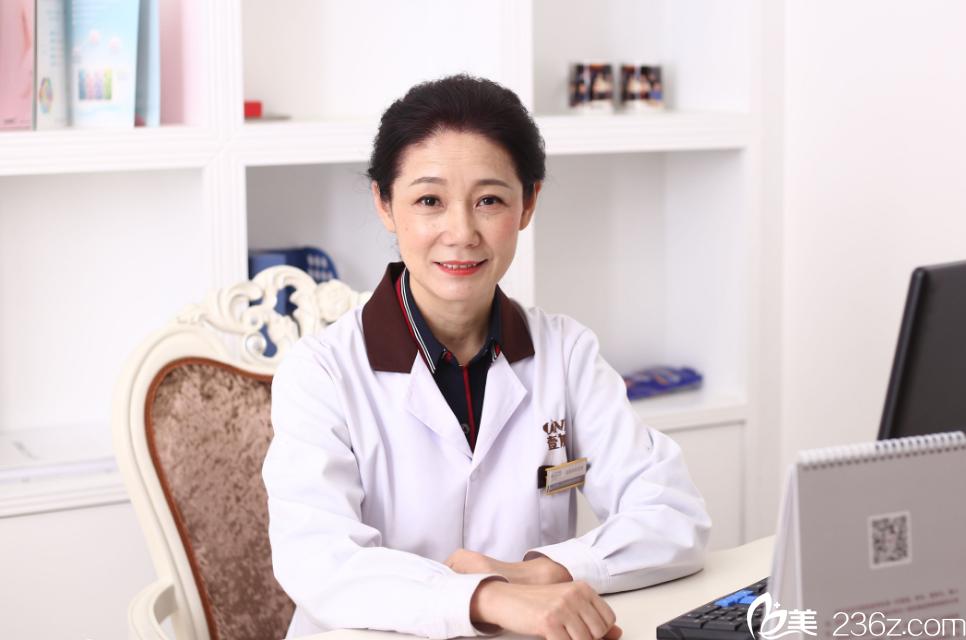 武汉壹加壹医疗美容医院皮肤科主任:杨丽群