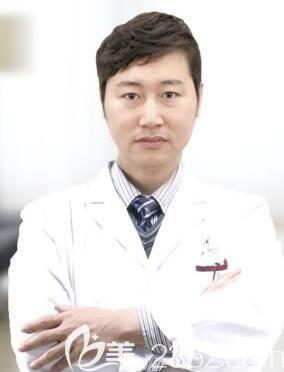 沈阳名流隆鼻医生王松院长