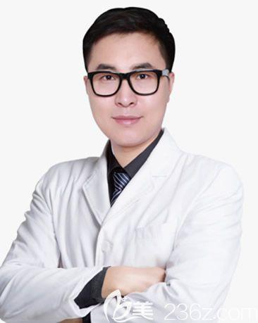 呼和浩特京美医疗美容医院整形外科主任王岩