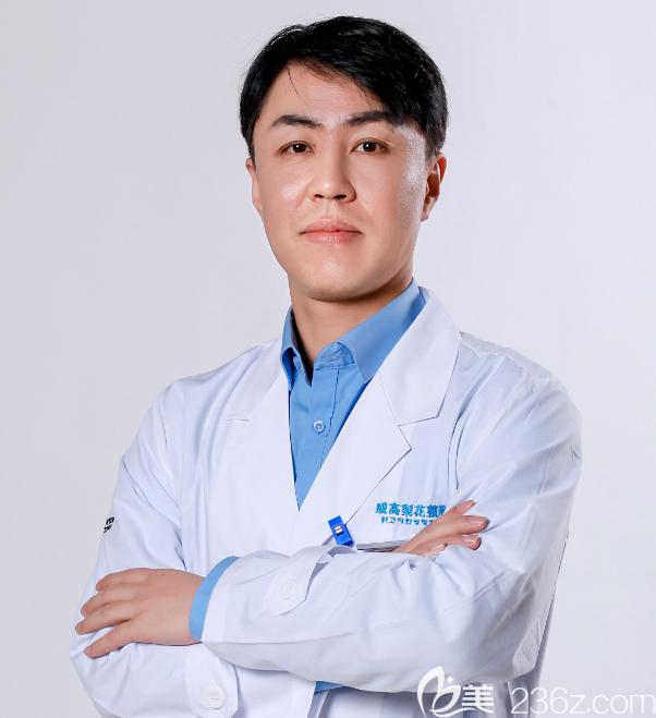 韩国整形医生金成镐