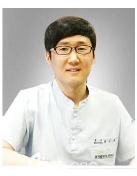 宋武铉 韩国Beauty classic整形医院院长