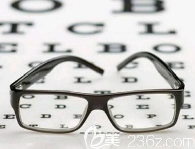 做了近视手术后多久可以做双眼皮手术?