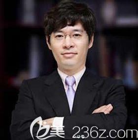 文珠峰 韩国IAM整形外科院长