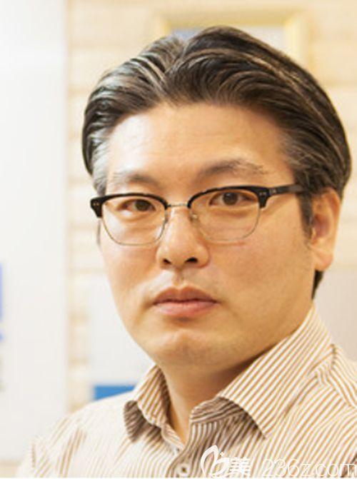 李尚郁医生