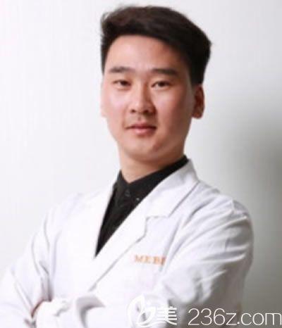 福州美贝尔整形外科医生杨国化