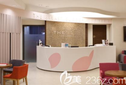 韩国THE整形外科医院候诊区