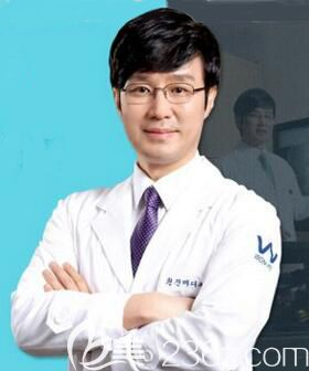 韩国原辰整形外科代表院长及胸部整形大师朴原辰