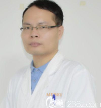 福州美贝尔李勇医生