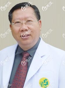 泰国圣卡洛Dr. Suchai Yonganukool医生