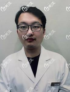 池州灵创医美医疗美容门诊部詹中山