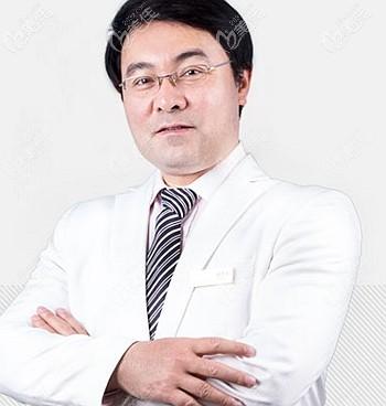 济南艺星杨季涛主任擅长鼻修复