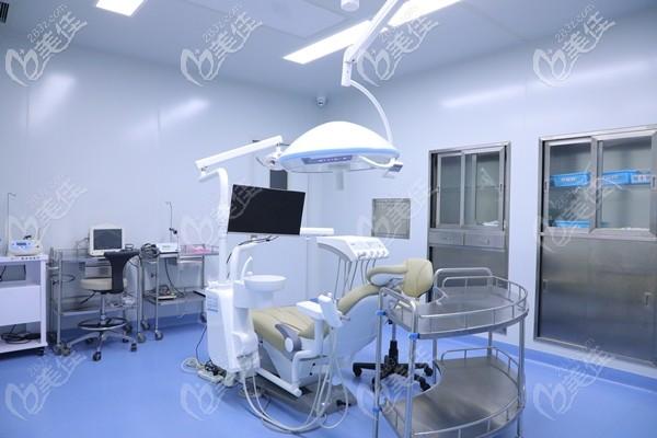 北京中诺口腔的万级层流种植手术室