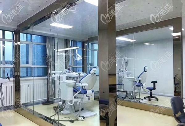 海融口腔的综合诊疗室